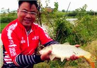 《渔道中国》74期 探钓野塘智擒大鲤