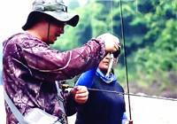 《钩尖上的中国》20161127 夫妻档的路亚探钓行