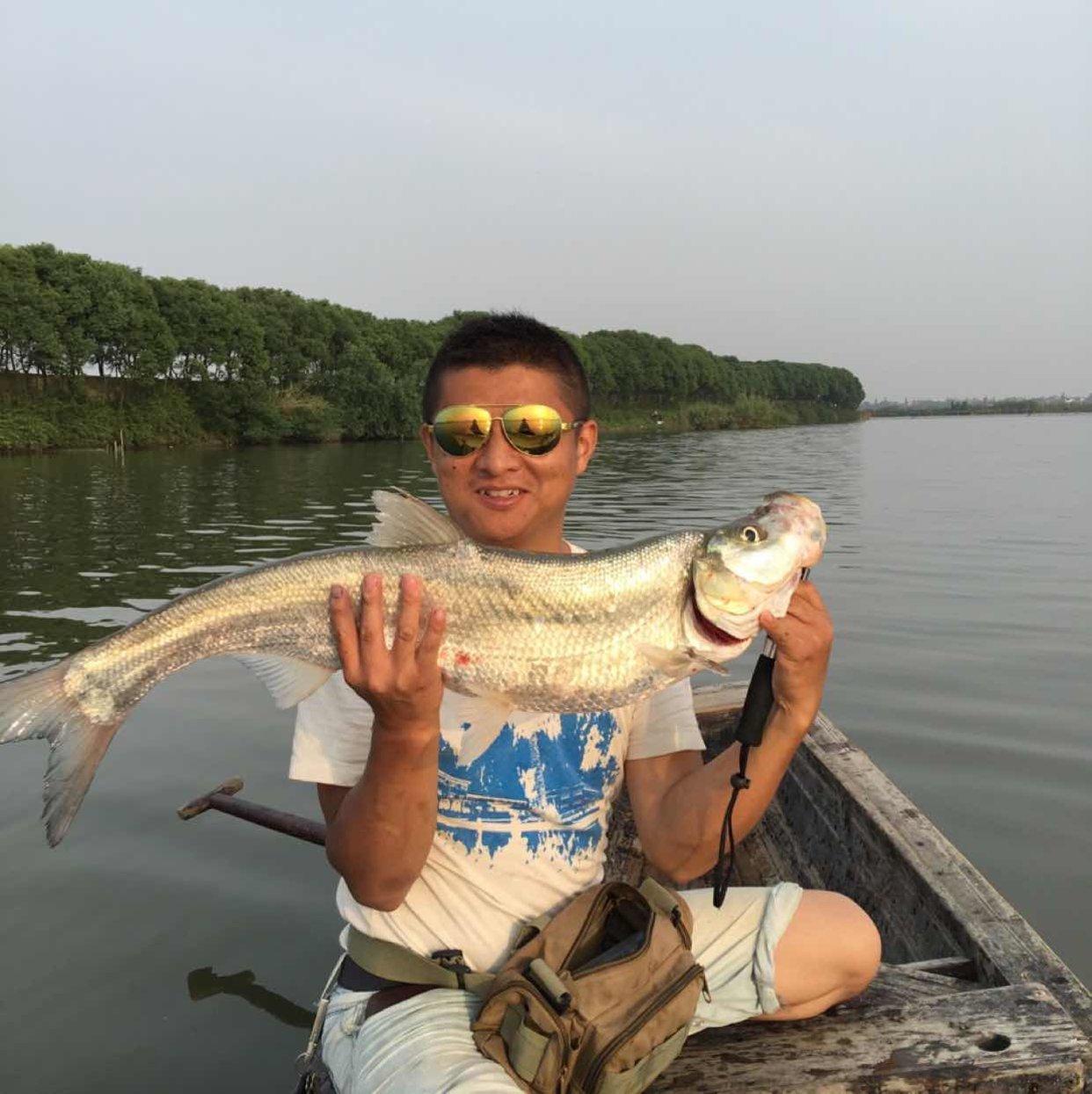 泉漳村钓鱼协会一号会员