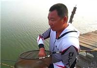 《钩尖江湖》钓鱼的故事04 小崔回忆在鴜鹭湖如何解决闹小鱼