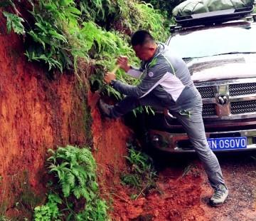《游钓中国》第四季 第18集  柘林湖天公不作美 雨中折返艰难放竿